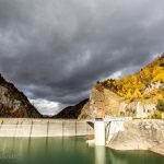 Hoheikyo Dam autumn leaves
